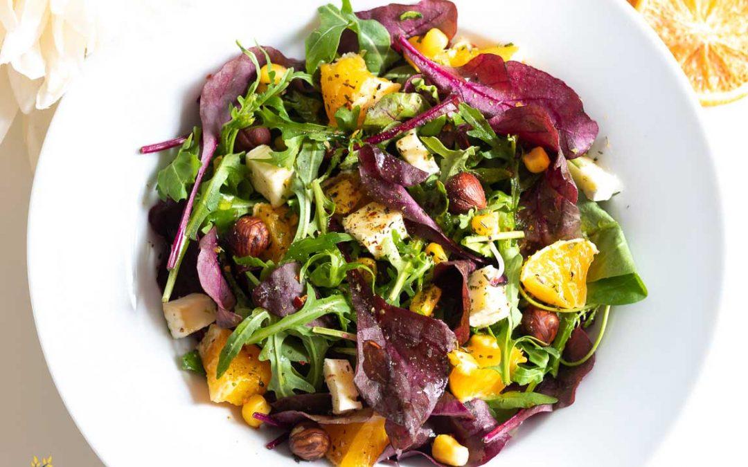 Französischer Salat mit Brie