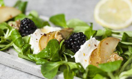 Französischer Salat mit Ziegenkäse
