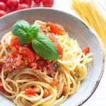 Spaghetti al pesto trapanese