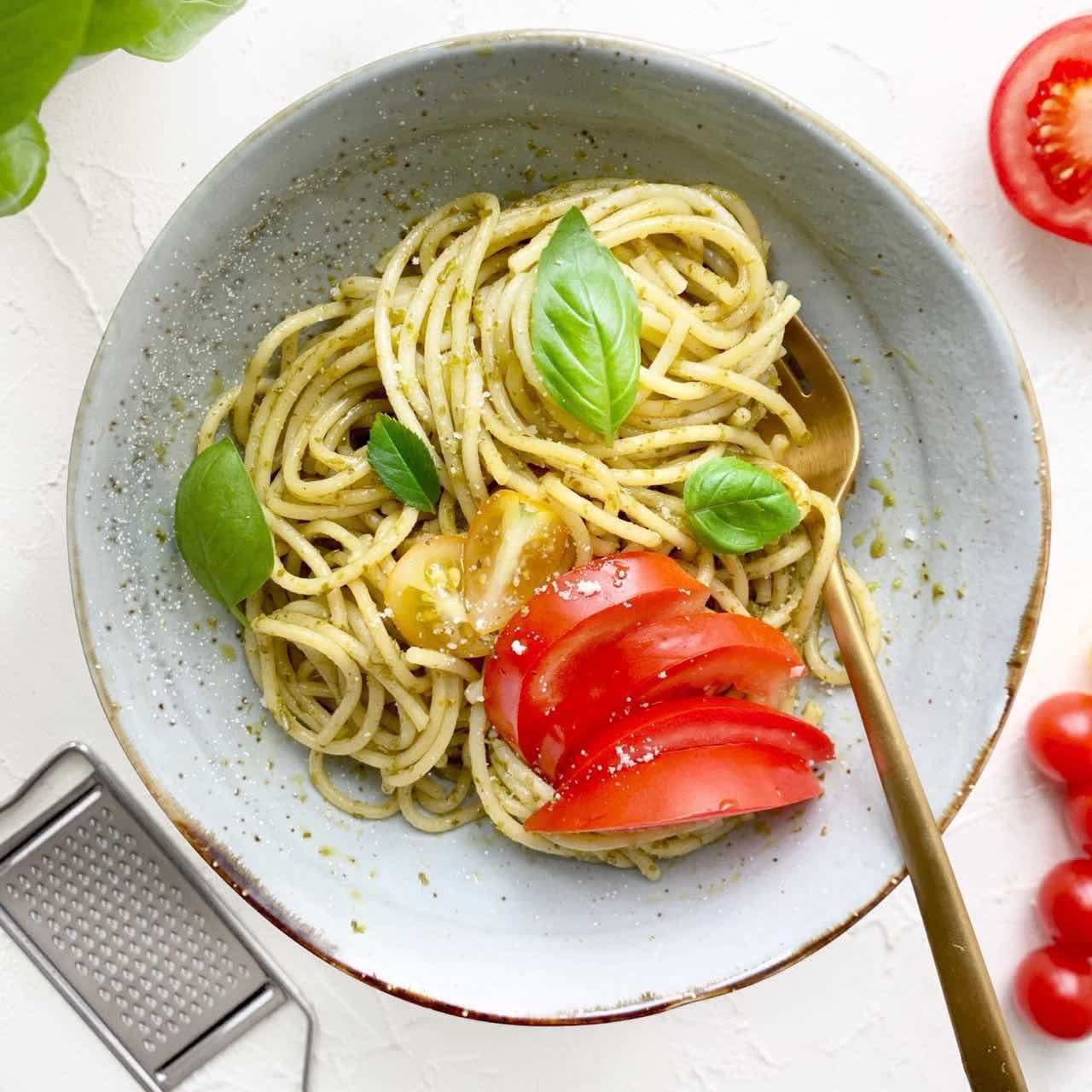 Spaghetti al pesto genovese