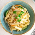 Greek pasta with pears and feta