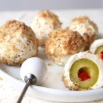 Antipasti Oliven in Frischkäse