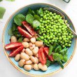 Bohnen-Erbsen Bowl mit Limettendressing