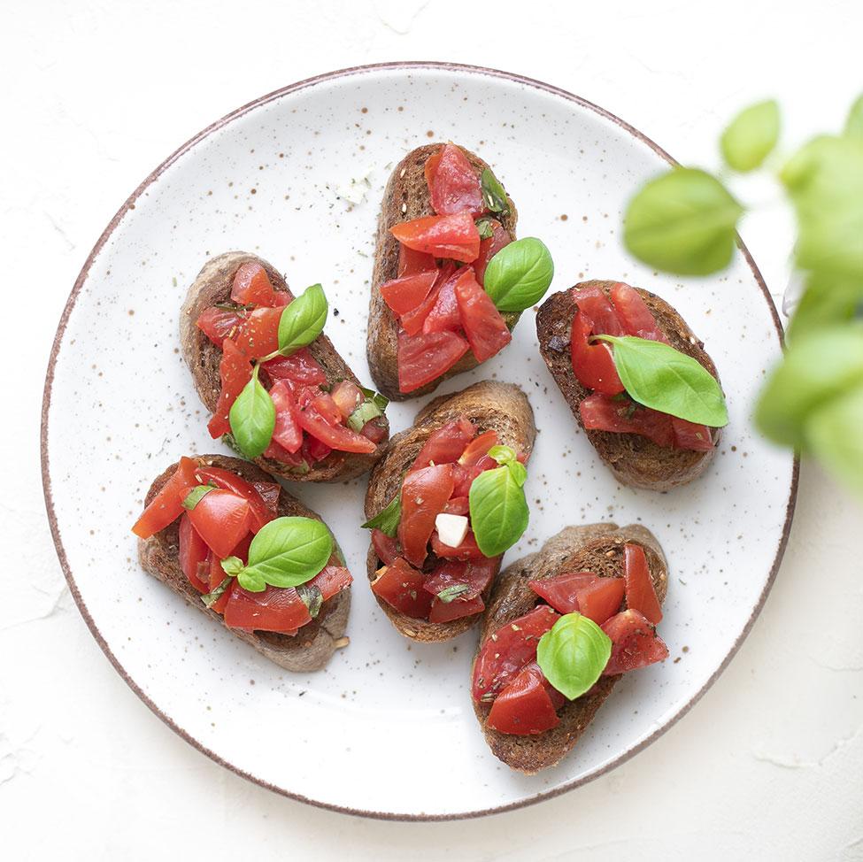 Schnelle Crostini mit Tomaten