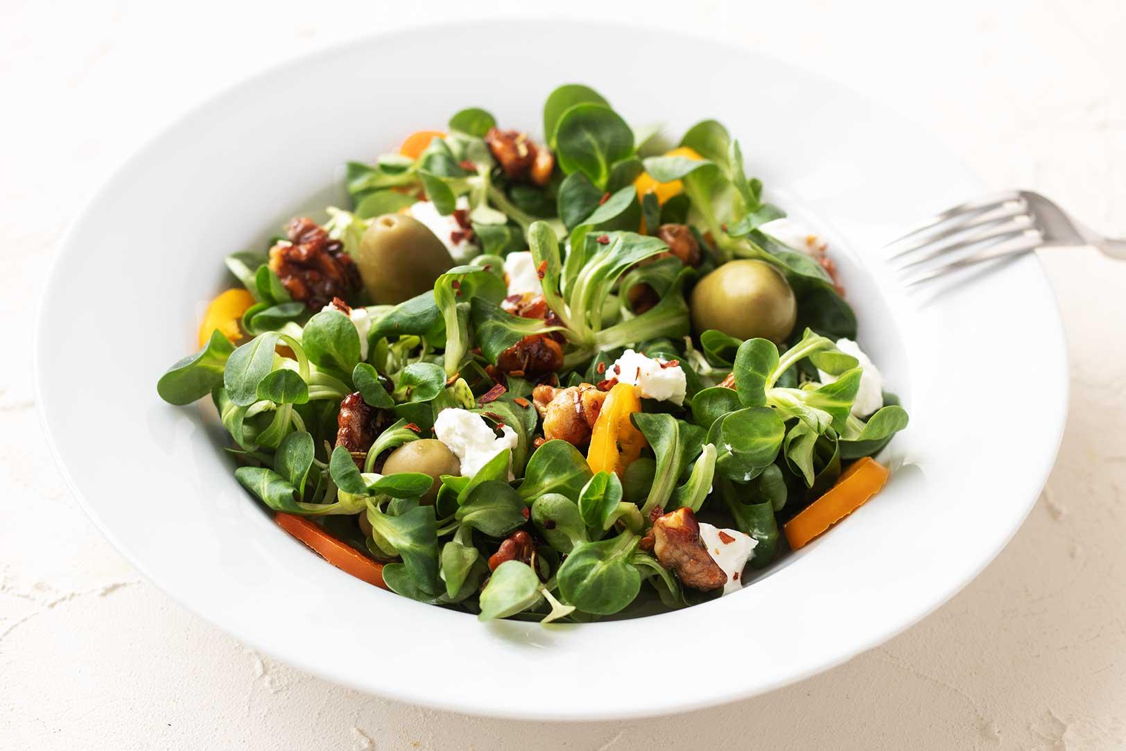 Bulgur Salat mit Granatapfelvinaigrette